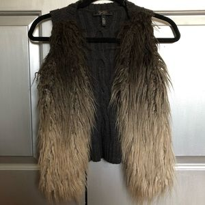 Ombré shaggy faux fur/knit vest